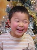 良く笑う長男YOSHIKI君。